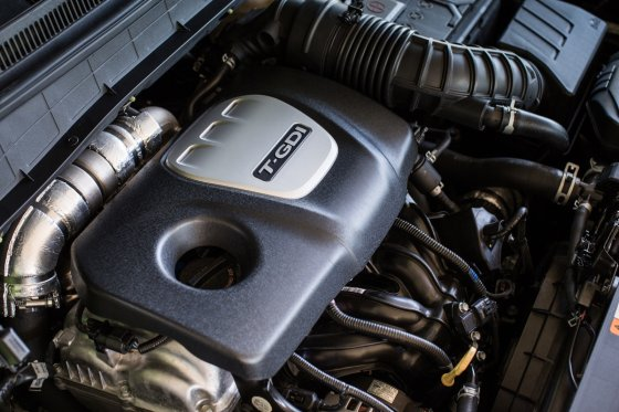 2018 Hyundai Kona Performance 2 560x373