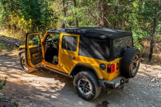 Colorado Climb Jeep Wrangler 1 560x374