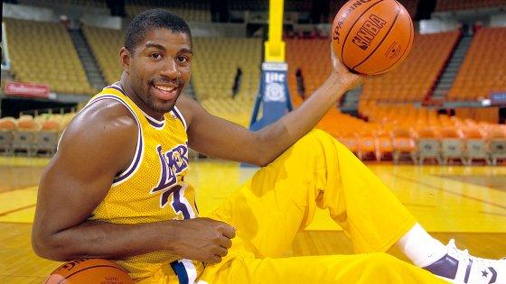 051315 43 NBA Earvin Magic Johnson Jr OB PI 560x315