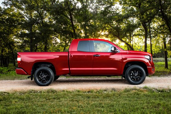 2019 Tundra SX Package 4 560x373