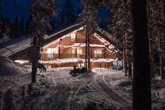 Montana Snowmobile 6 560x373