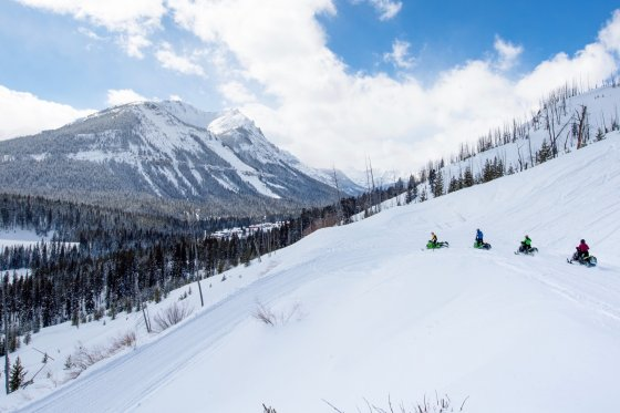 Montana Snowmobile 7 560x373