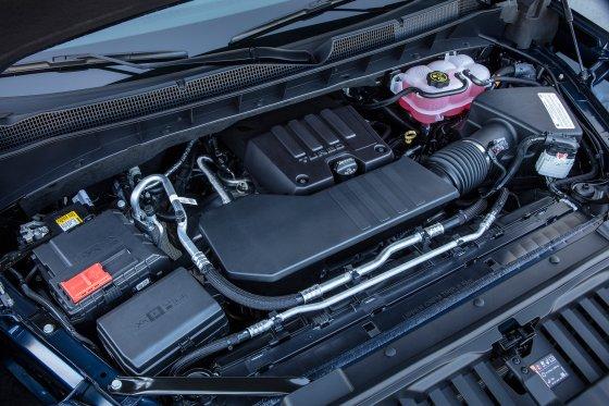 2019 Chevrolet Silverado Turbo Engine 560x373