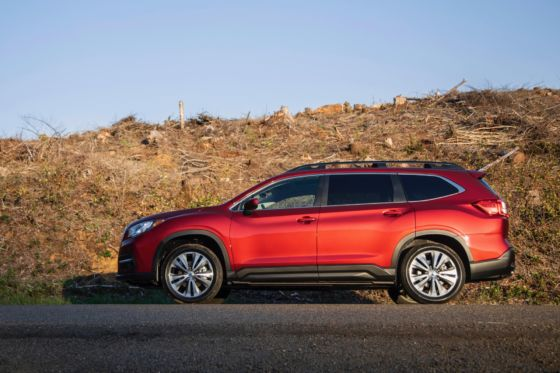 2019 Subaru Ascent 4 560x373