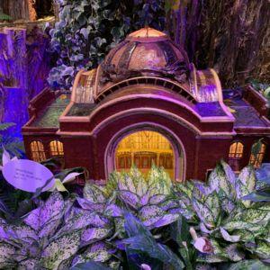 US Train Stations Botanic Holiday 9 300x300