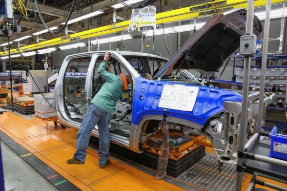 2020 Chevrolet Silverado HD 6 560x373