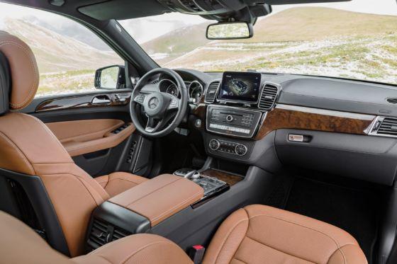 2019 Mercedes GLS 8 560x373