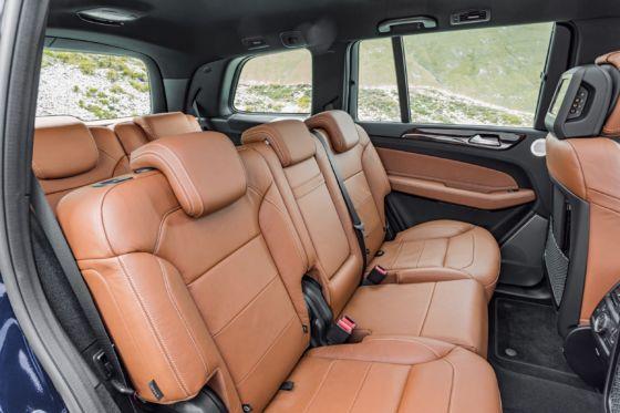 2019 Mercedes GLS 9 560x373