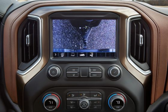 2020 Chevrolet Silverado 2500 Camera Views 9 560x373