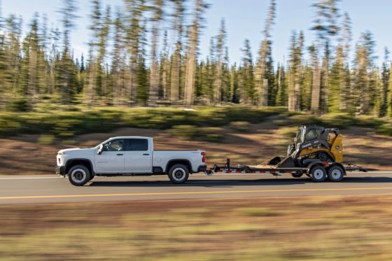 2020 Chevrolet Silverado 2500 Towing 4 560x373