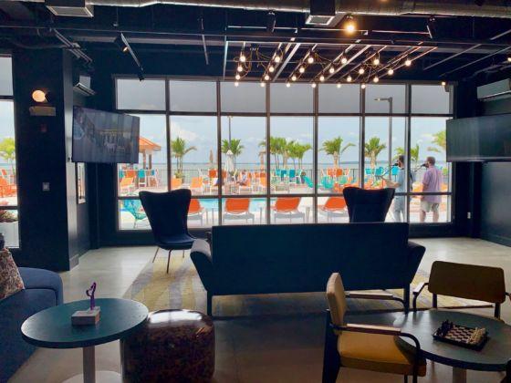 Aloft Ocean City Hotel Resort 17 560x420