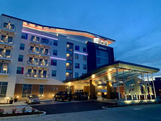 Aloft Ocean City Hotel Resort 2 560x420