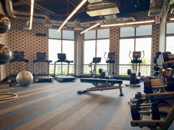 Aloft Ocean City Hotel Resort 21 560x420