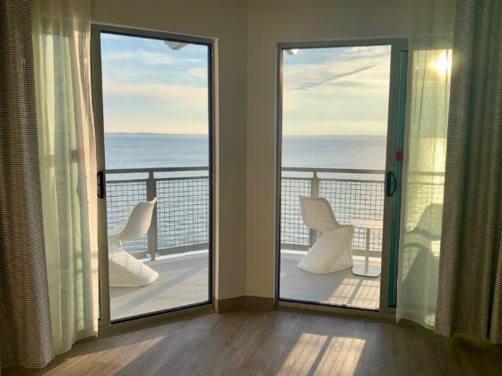 Aloft Ocean City Hotel Resort 6 560x420