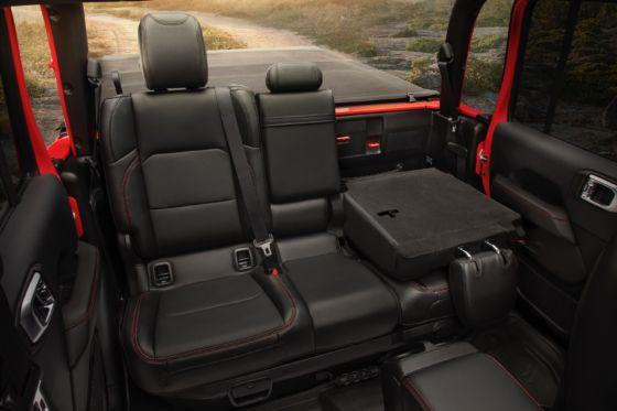 2020 Jeep Gladiator 4 560x373