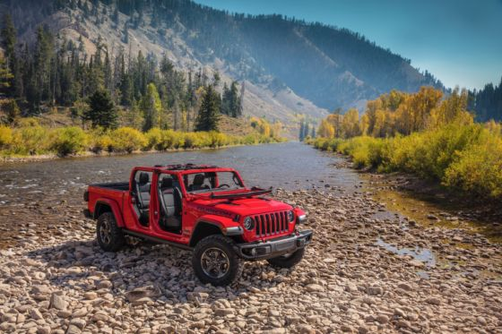 2020 Jeep Gladiator 5 560x373