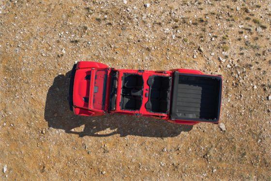2020 Jeep Gladiator 6 560x373