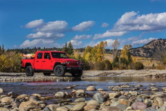 2020 Jeep Gladiator 7 560x373