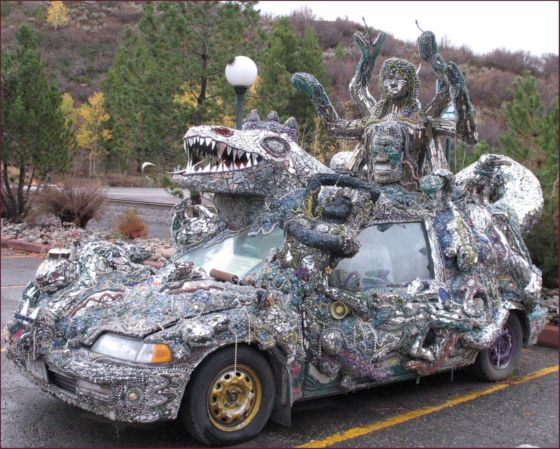 lizard king art car 560x449