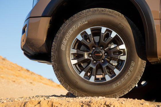 2020 Nissan Titan Pro 4X Exterior Details 10 560x373