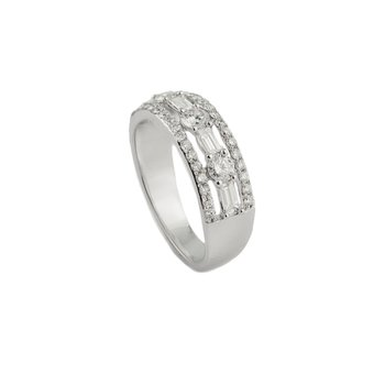 Alternating Diamond Ring