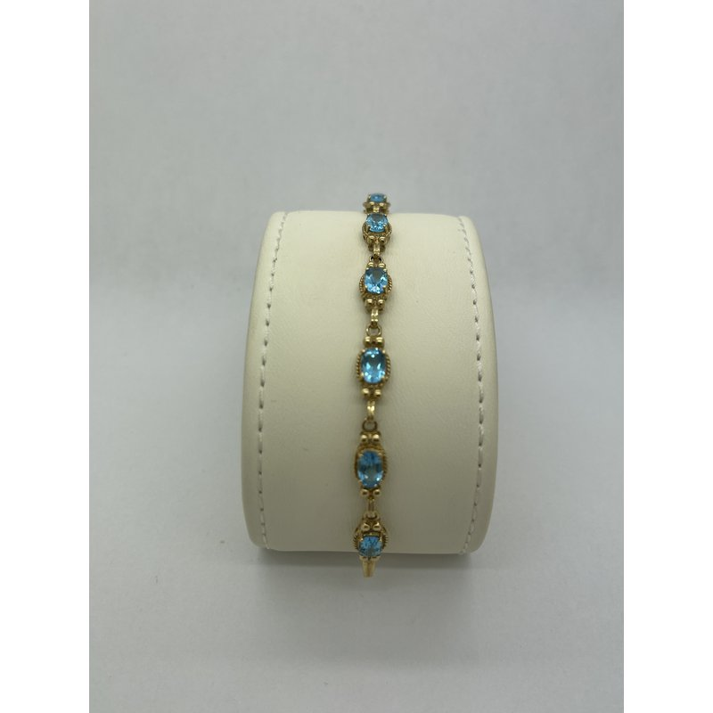 Jewelry Couture Exclusives Blue Topaz and Gold Bracelet