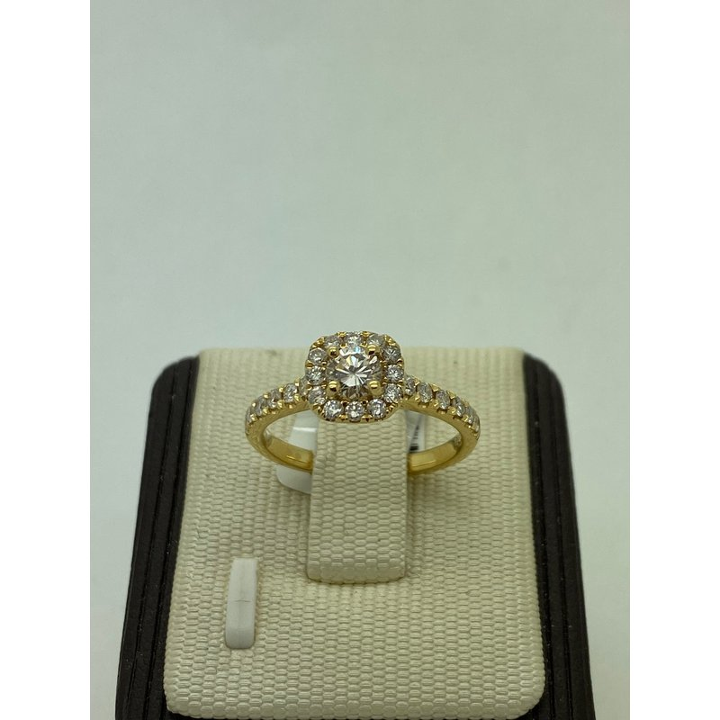 Jewelry Couture Exclusives Yellow Gold and Diamond Engagement Ring