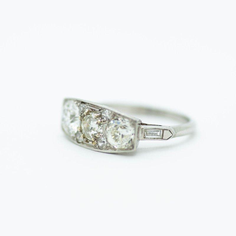 Estate Jewelry Estate Platinum and Diamond Ring
