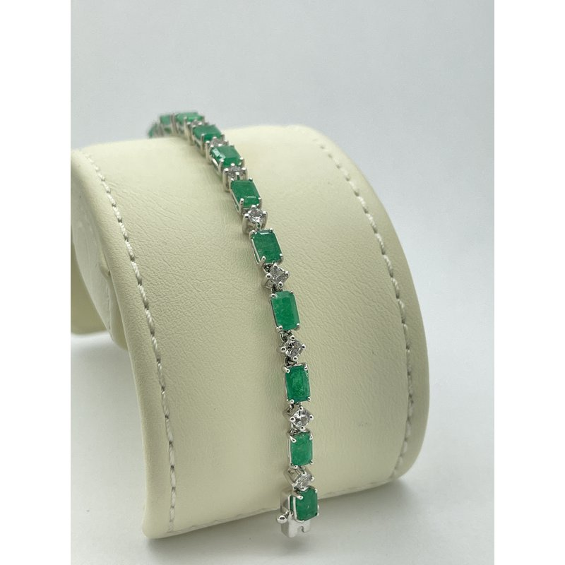 Jewelry Couture Exclusives Emerald and Topaz White Gold Bracelet