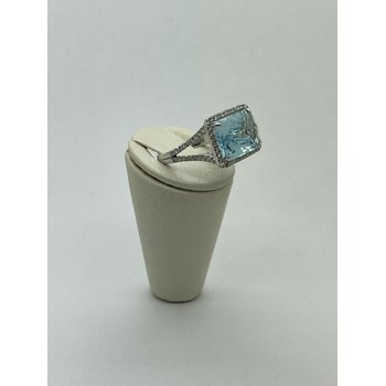 Blue Topaz Split Shank Ring