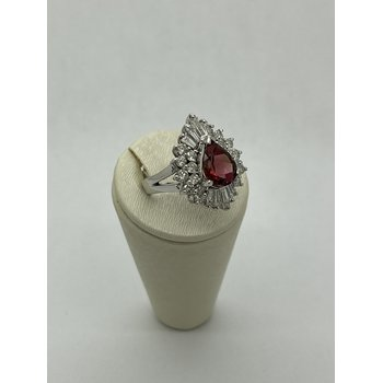Diamond and Rubellite Ring