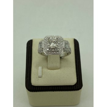 1.37CT Engagement Ring with Baguettes