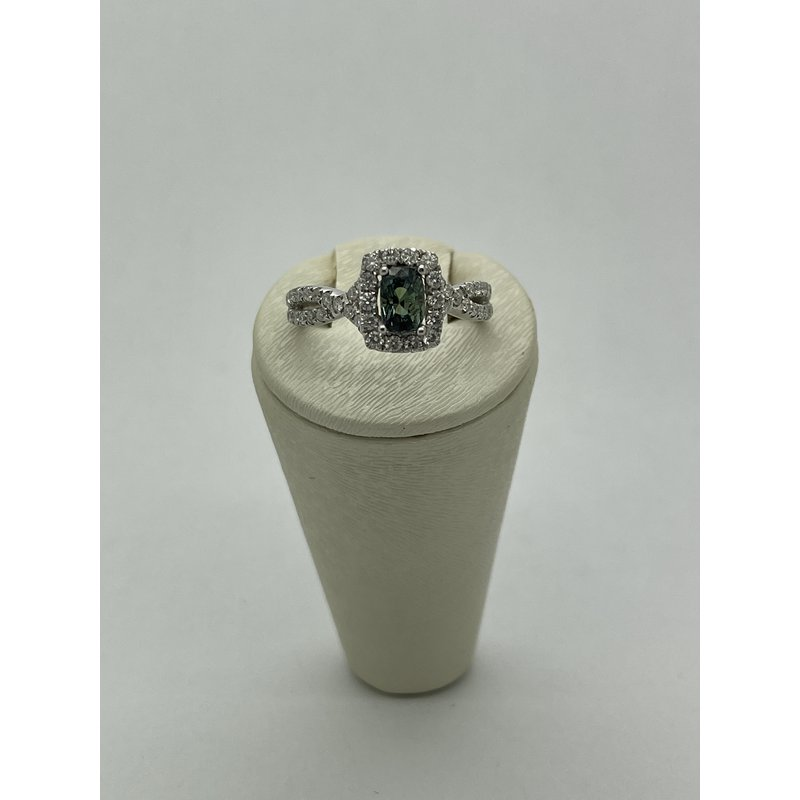 Jewelry Couture Exclusives Alexandrite and Diamond Ring