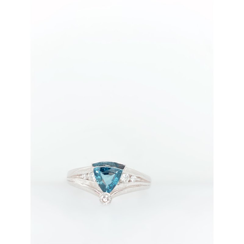 Jewelry Couture Exclusives Sapphire Trillion Cut Ring