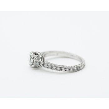 Tulip Set 18k Engagement Ring