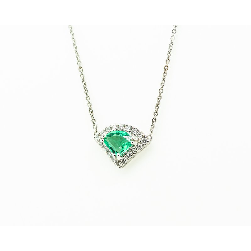Jewelry Couture Exclusives Trilliant Emerald and Diamond Necklace