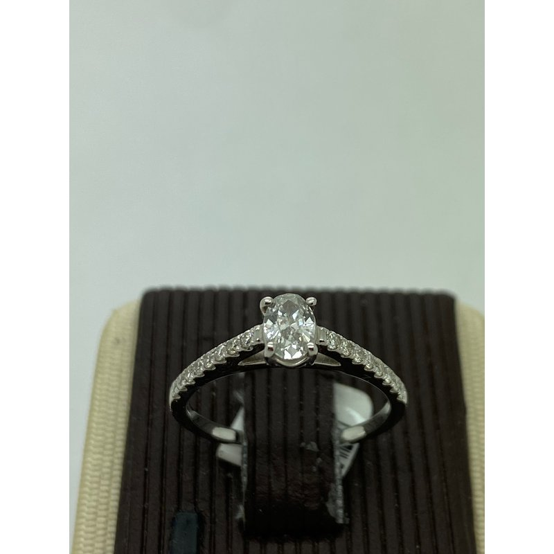 Jewelry Couture Exclusives .32CT Oval Engagement Ring