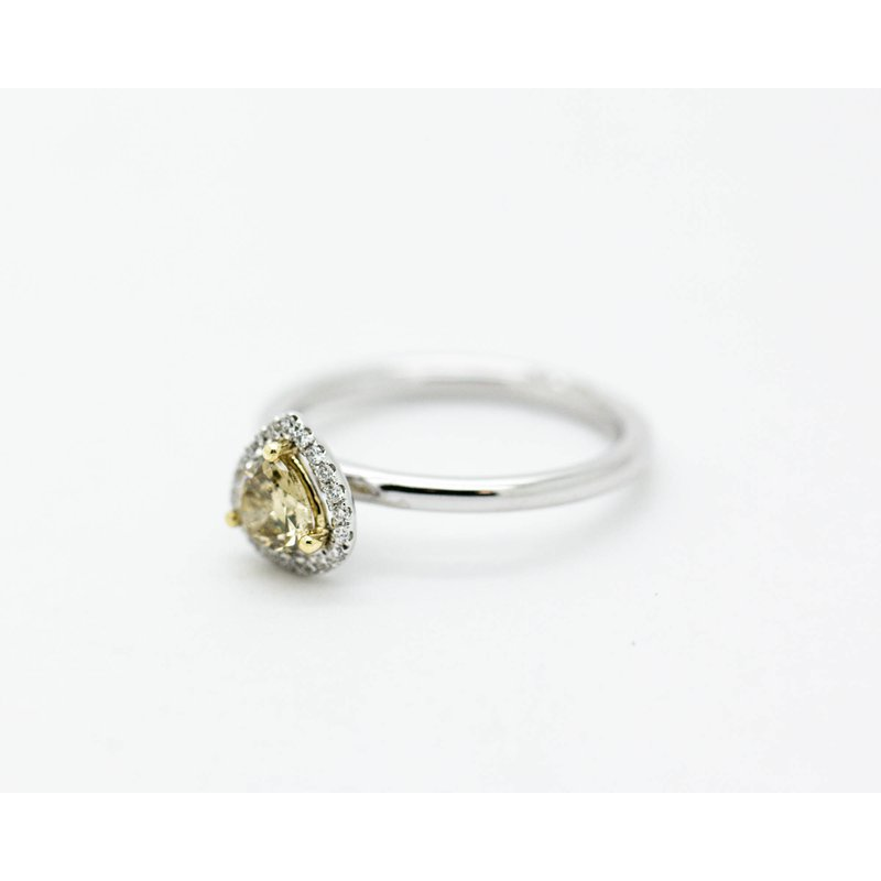Jewelry Couture Exclusives Trilliant Natural 0.54ct Diamond Engagement Ring