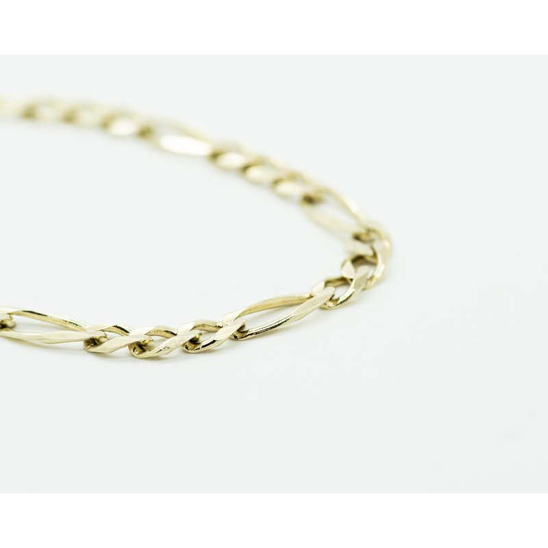 Jewelry Couture Exclusives 14k Yellow Gold Figaro Chain Bracelet