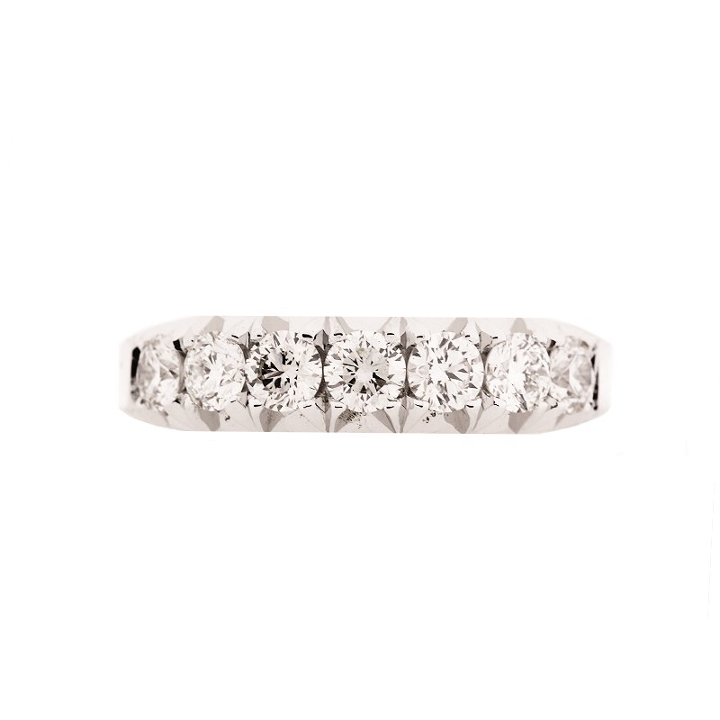 DECOÂge Show-Stopping White Gold Band