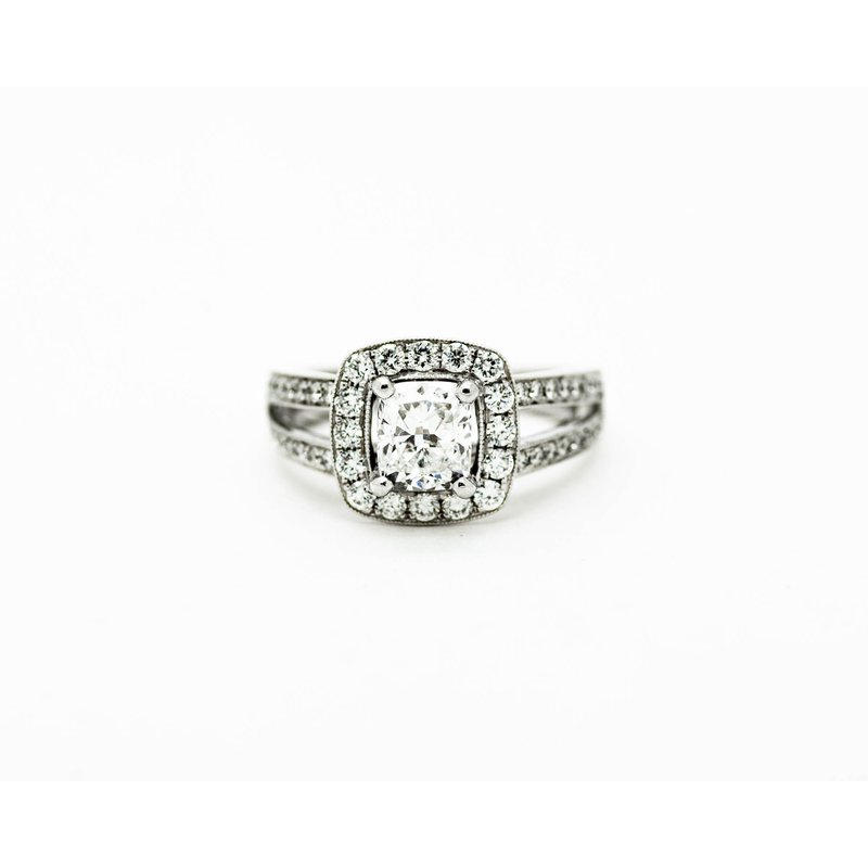 Jewelry Couture Exclusives EGL Certified Diamond Engagement Ring