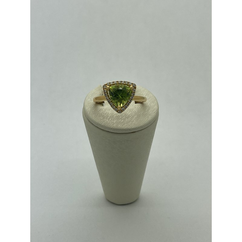 Jewelry Couture Exclusives Diamond and Peridot Ring