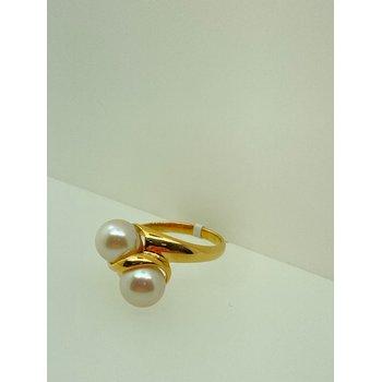 Dual Pearl Ring in Yellow Gold