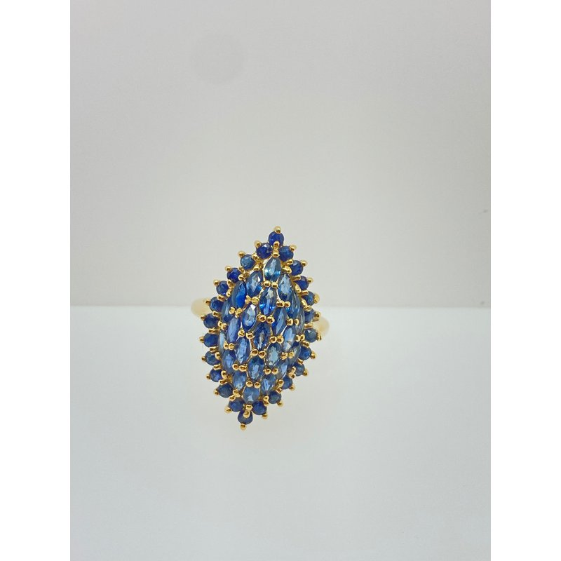 Jewelry Couture Exclusives Sapphire and Yellow Gold Ring