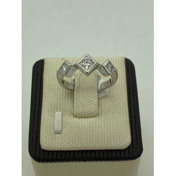 Diamond 3-Stone Band