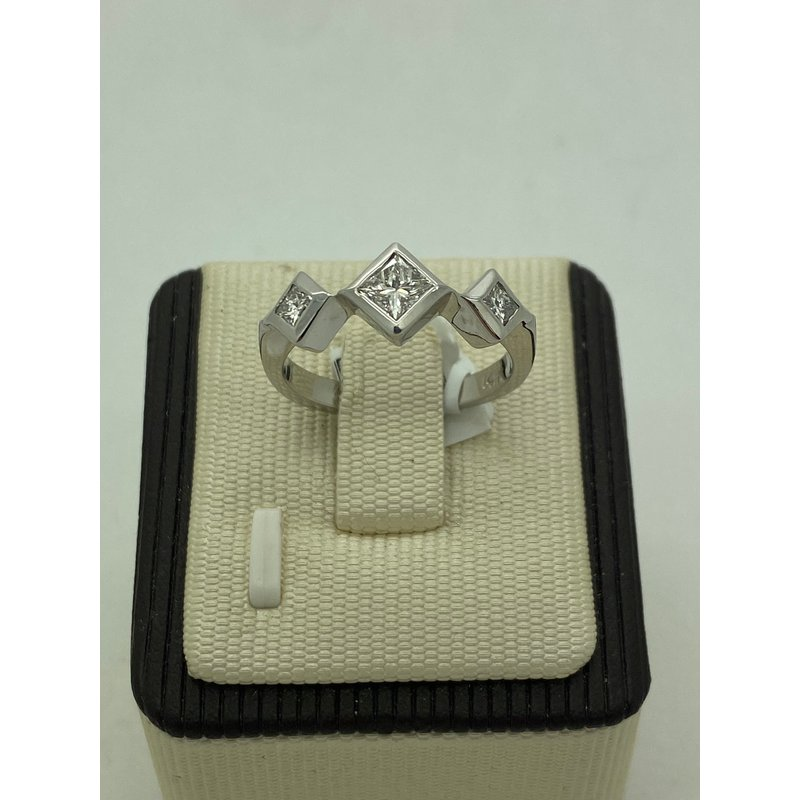 Jewelry Couture Exclusives Diamond 3-Stone Band