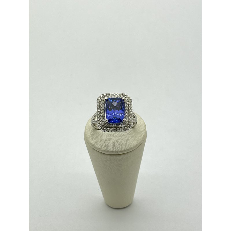 Jewelry Couture Exclusives Tanzanite and Diamond Square Ring