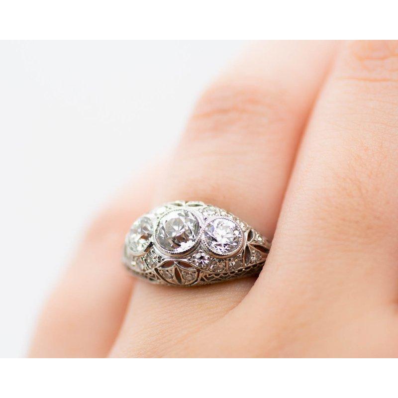 Estate Jewelry Diamond and Platinum Estate Ring