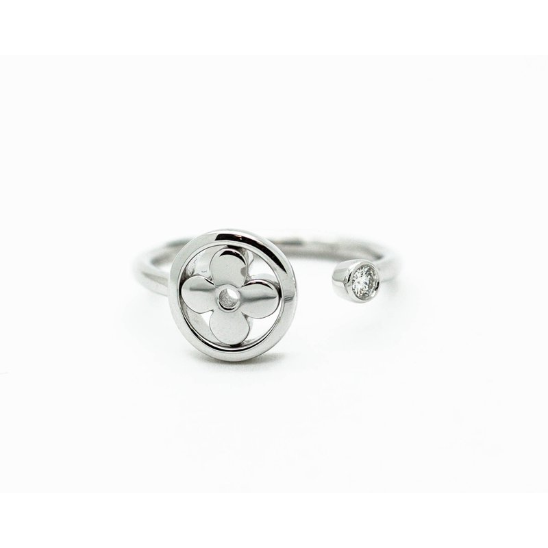 Jewelry Couture Exclusives 18k White Gold Clover Diamond Ring