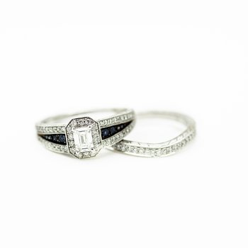 Signet Style Emerald Cut Wedding Set
